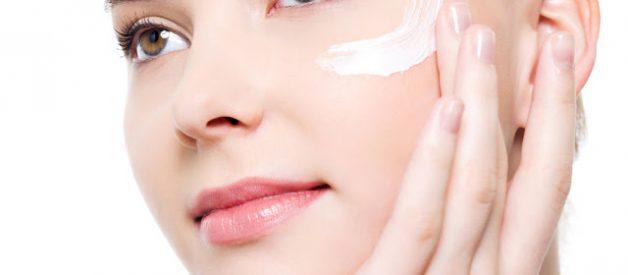 Cung cấp độ ẩm và dưỡng chất cho da