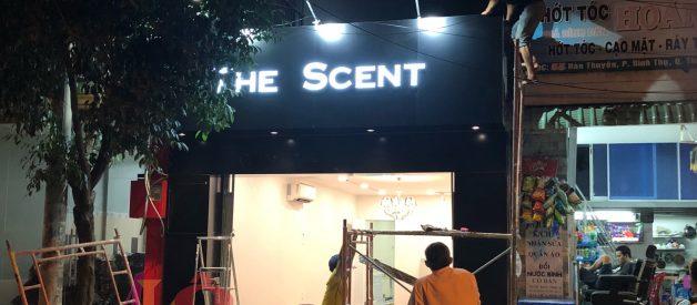 Làm bảng hiệu shop quần áo ở đâu đẹp?